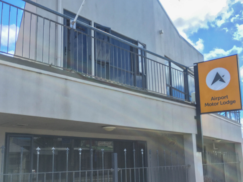 Exterior of Airport Motor Lodge Wellington Airport accommodation