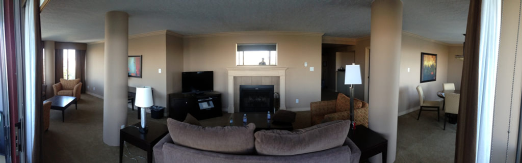 Panarama of Executive Room Victoria Regent Waterfront Hotel and Suites