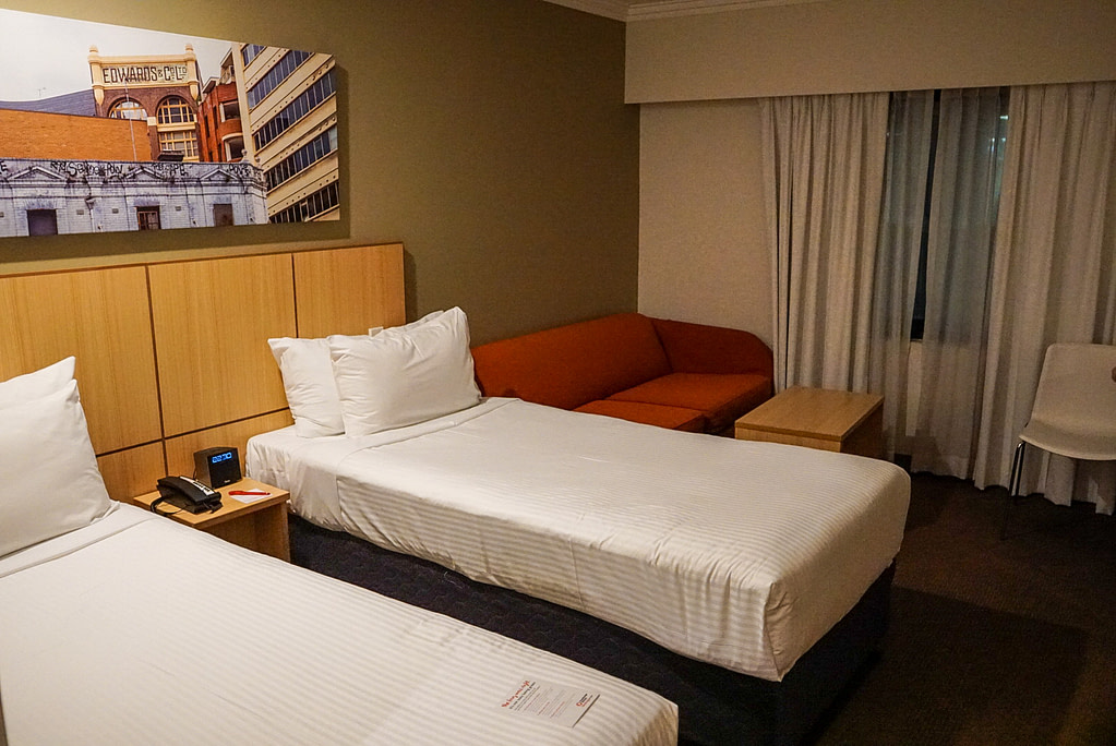 Travelodge central sydney twin room