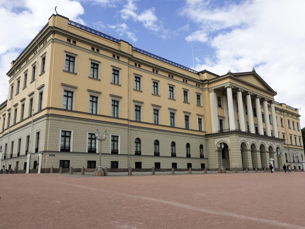 Royal Palace things to see in Oslo