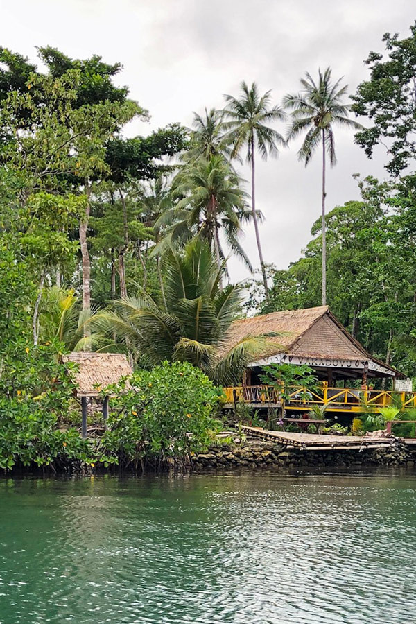 bungalow accommodation in the solomon islands